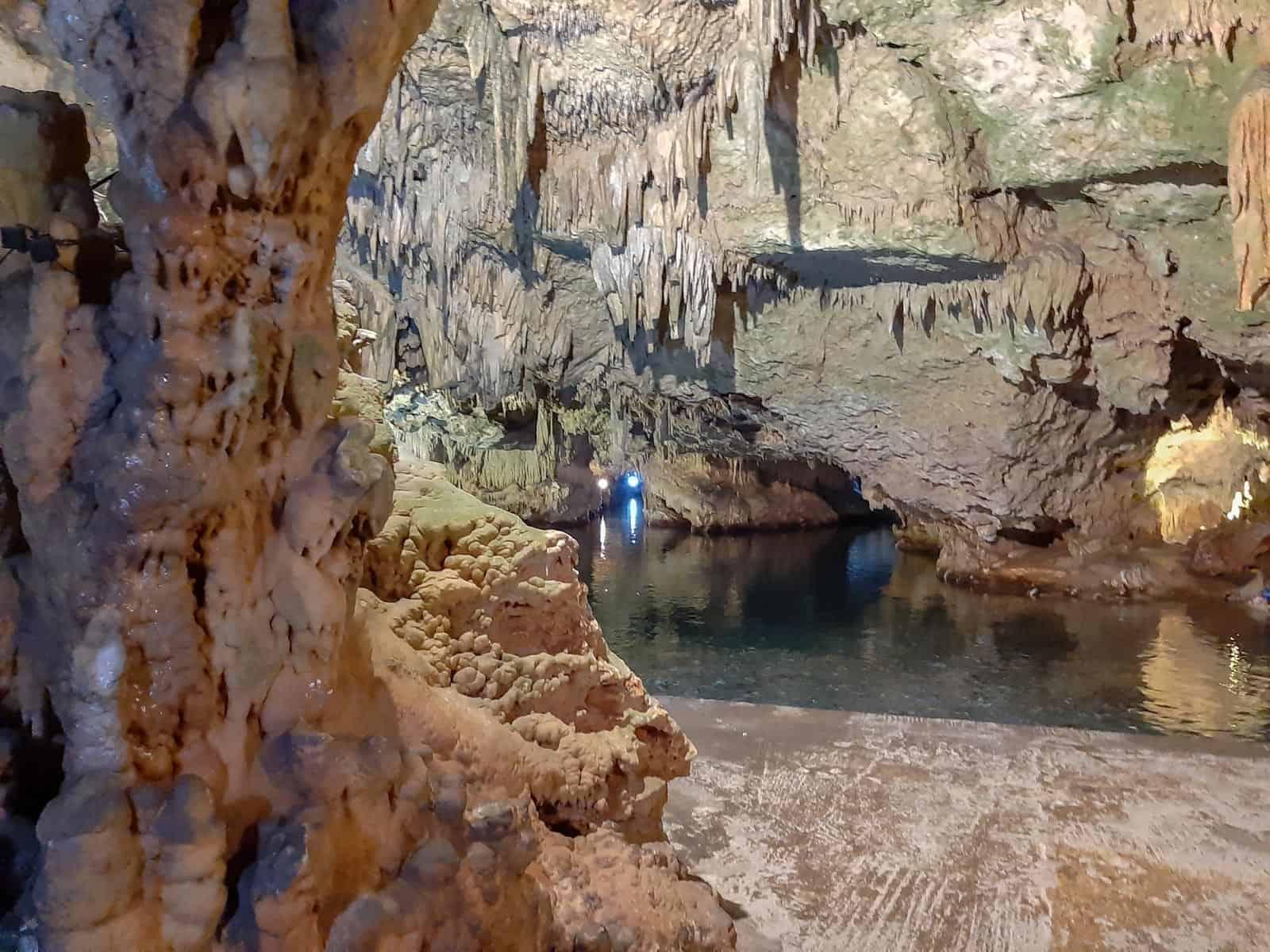 Diros grotte